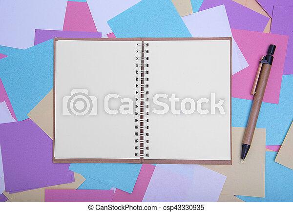 aperto, quaderno, stickers., sfondo colorato - csp43330935
