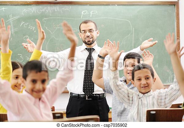 aula, attività, scuola, cultura, educazione, bambini, felice - csp7035902