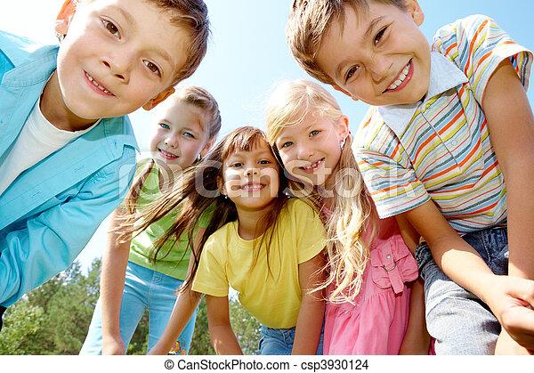 bambini, cinque, felice - csp3930124
