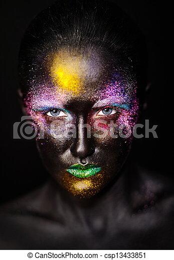 bello, plastica, insolito, donna, arte, colorito, foto, trucco, maschera, faccia, luminoso, nero, modello, creativo - csp13433851