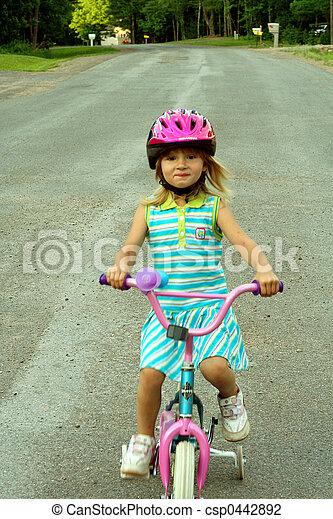 bicicletta cavalca - csp0442892