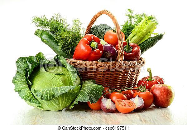 cesto, vimine, verdura - csp6197511