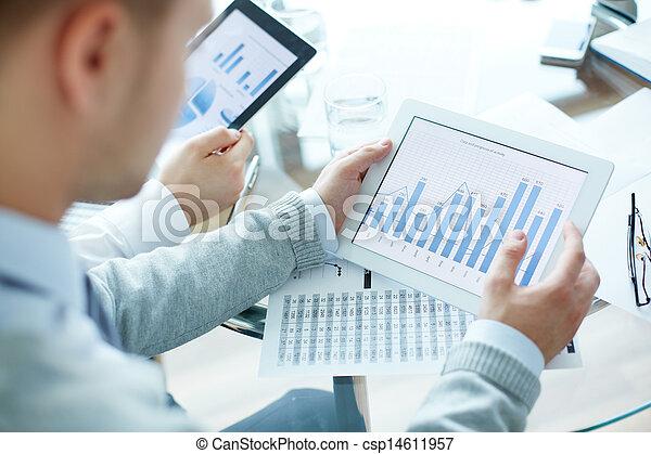 educazione, affari - csp14611957