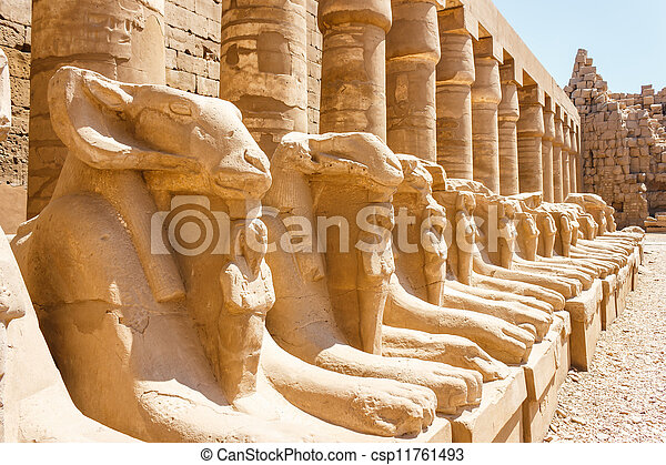 egitto, rovine antiche, tempio, karnak - csp11761493