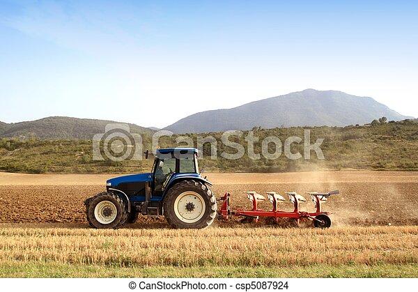 frumento, campi, cereale, agricoltura, aratura, trattore - csp5087924