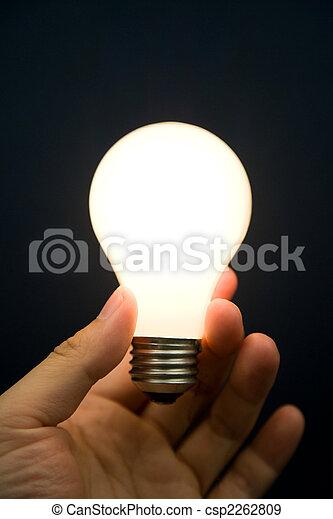 luce, luminoso, bulbo, tenendo mano - csp2262809