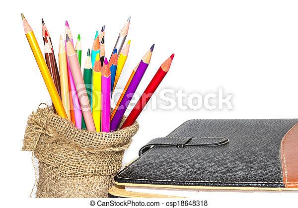 matite, colore, quaderno, sfondo bianco - csp18648318