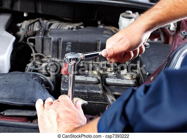 meccanico automobilistico - csp7393222