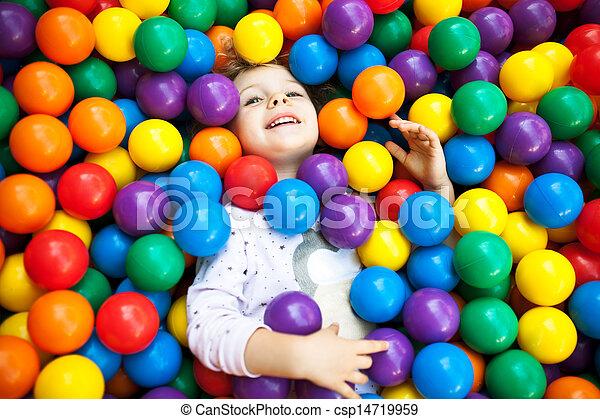 ragazza, gioco, ?olorful, detenere, giovane, divertimento, bambino, biondo, plast - csp14719959