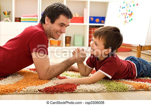 suo, wrestling, padre, felice, braccio, capretto - csp3306008