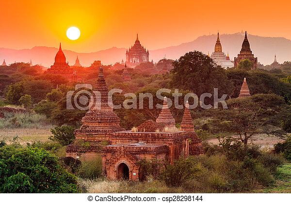tramonto, bagan, bagan, tempie, myanmar - csp28298144